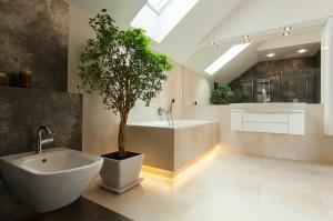 Modernes Bad Fliesenleger