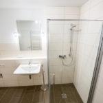 Gäste-Bad mit Holzfliesen