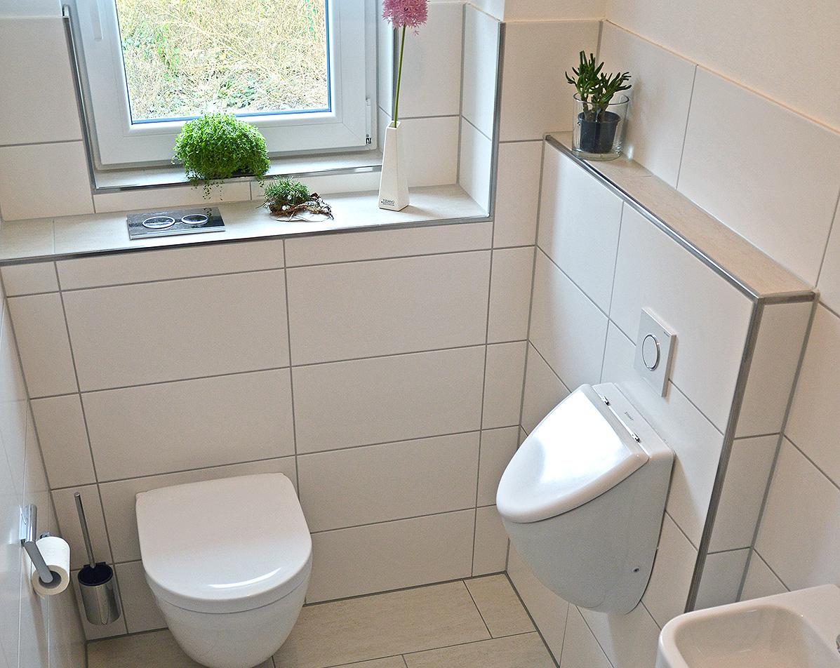 Gäste WC mit Pissoir