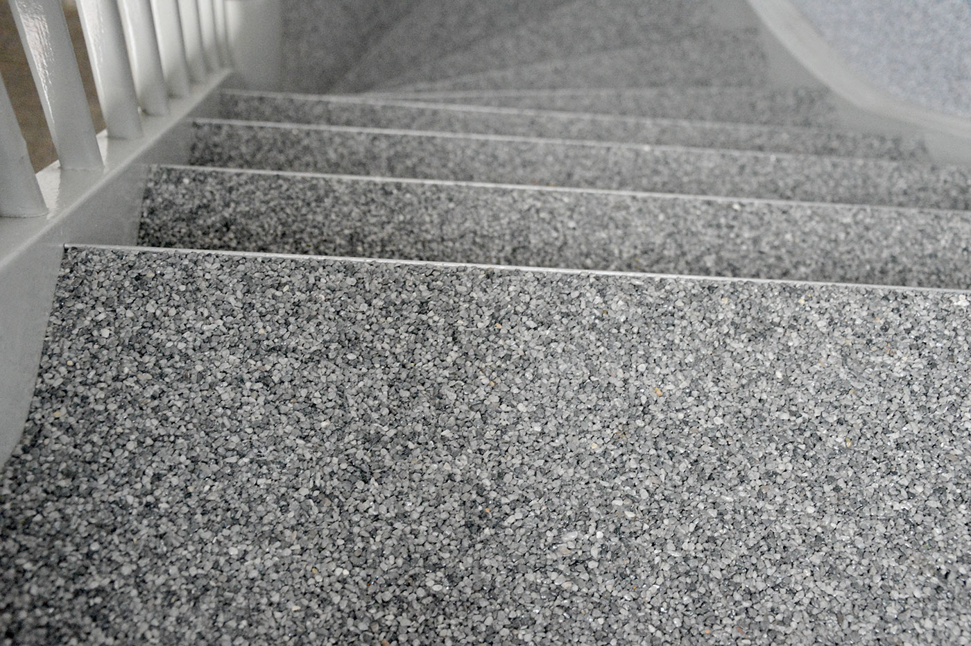 Holztreppe saniert